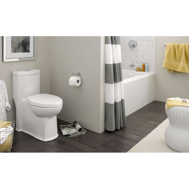 American Standard Boulevard Elongated Toilet With 12-In Rough-In