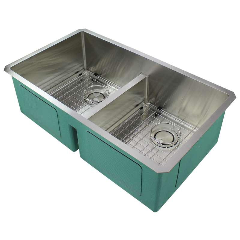 Transolid Diamond Stainless Steel 33 In Undermount Kitchen Sink In
